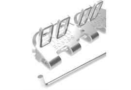 Agrafe à plaques EasyClip EC62SS - 450 mm, 8 barrettes + 4 tiges + 10 rondelles. ECP62SS